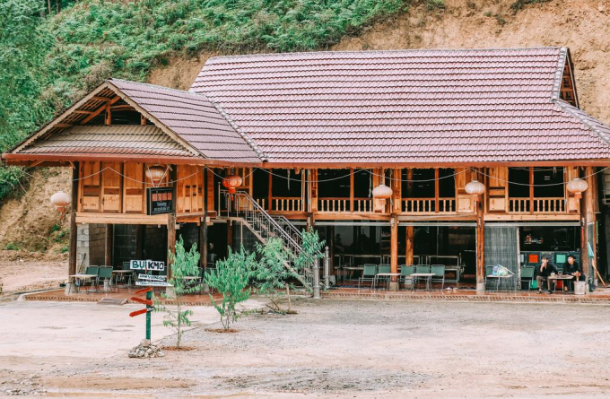 Visitors will experience a new life with community housing.  Photo: Dust homestay.